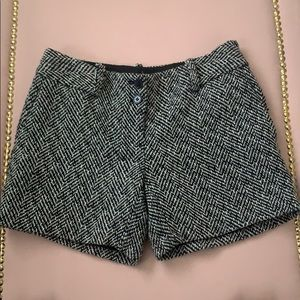 The Limited Tweed Shorts (Drew Fit)